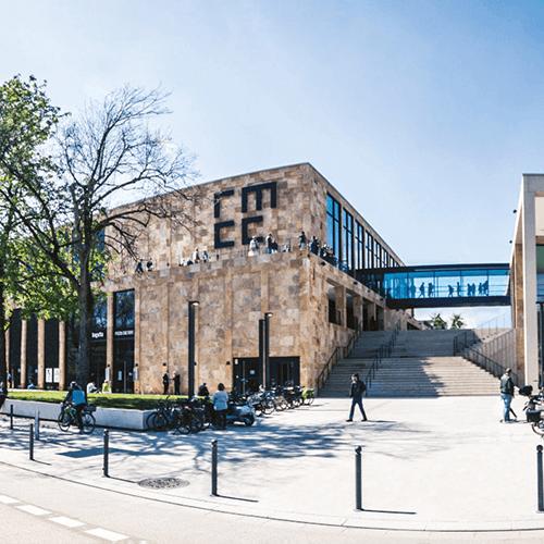 Außenansicht RheinMain CongressCenter Wiesbaden